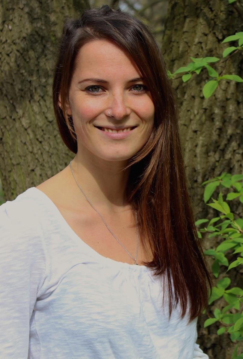 Carolin Müller Online Psychologist Psychotherapy Buddhist Psychotherapist